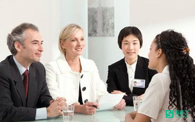 面对求职高峰期做好职业规划是重点.jpg