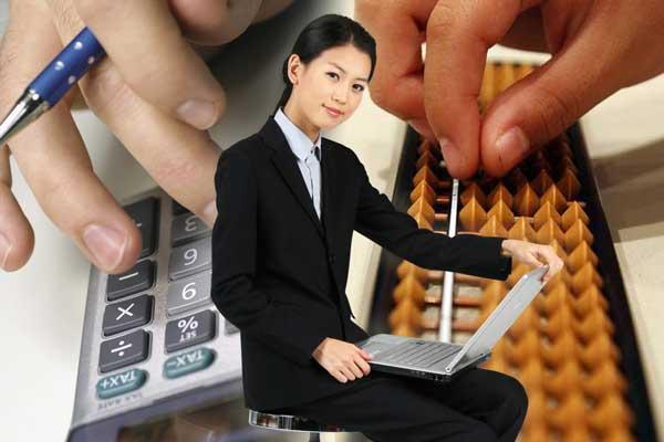 如何根据财会职位要求修改会计简历