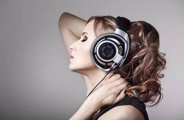 工作学习的时候能听歌吗?
