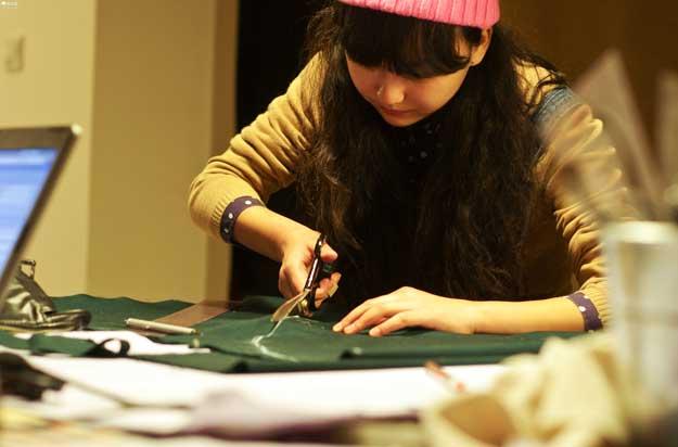 服装设计专业大学生 毕业后如何选择适合自己的发展方向?