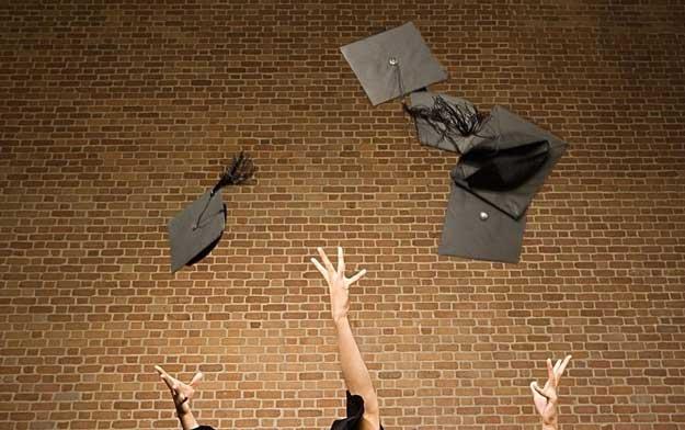 法学生毕业了怎么找工作?