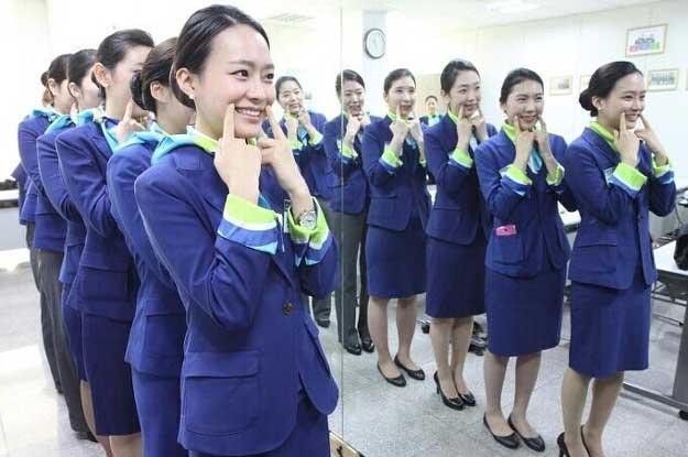 各大航空公司面试时对空姐的脸型要求!