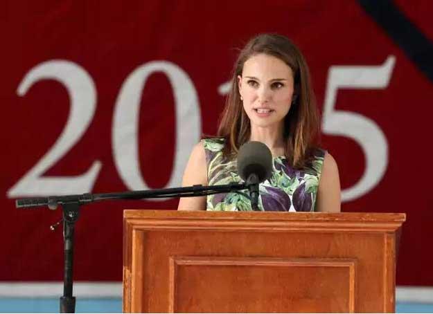 娜塔丽·波特曼哈佛毕业演讲:把自己经验的缺乏当做财富!
