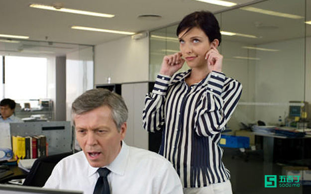 总是抱怨员工不勤力的老板犯了什么错?