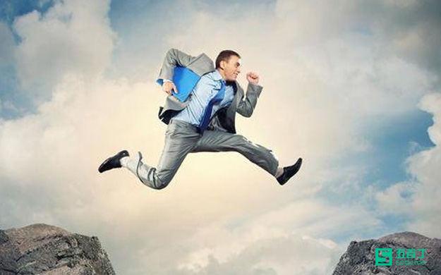 从业务员到经理,跨界的第一步怎么走?
