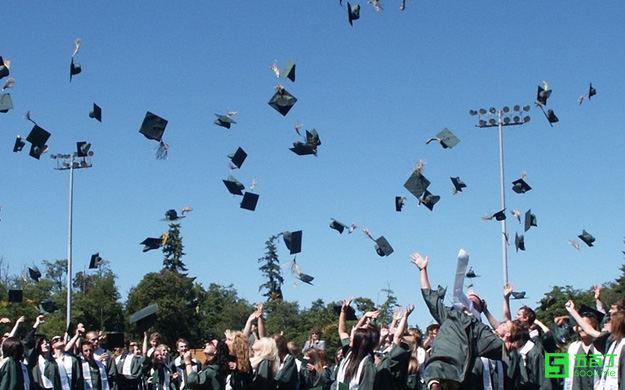 应届毕业生最好不要进民营企业,真的是这样吗?