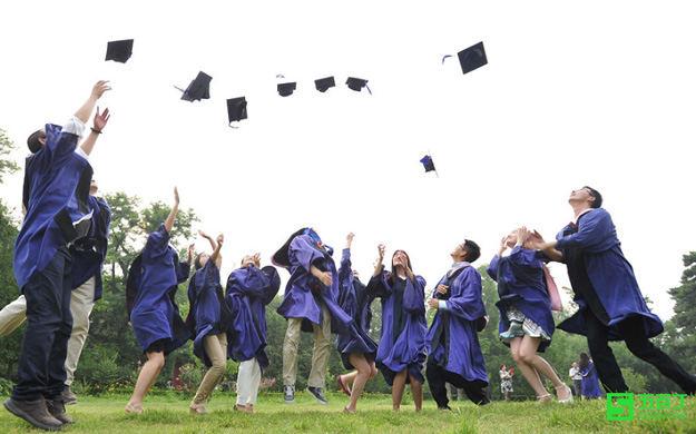 毕业一年未就业,还算应届毕业生吗?