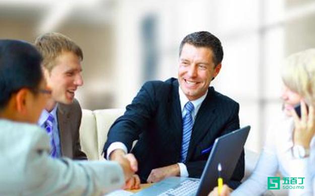 想成为优秀销售员?这些条件你具备了么?