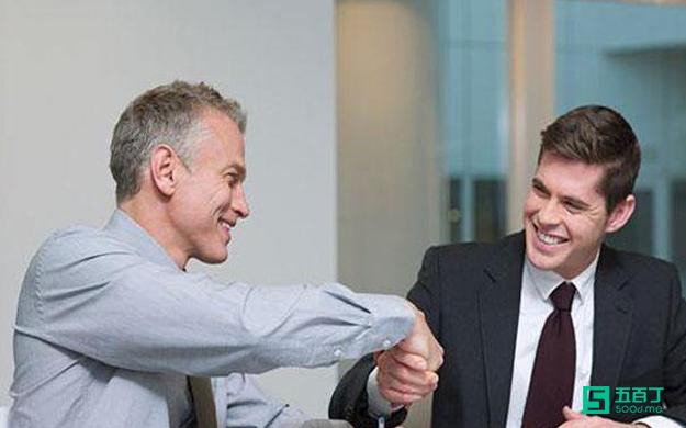 面试时,HR偏爱的自我介绍都包含什么内容?